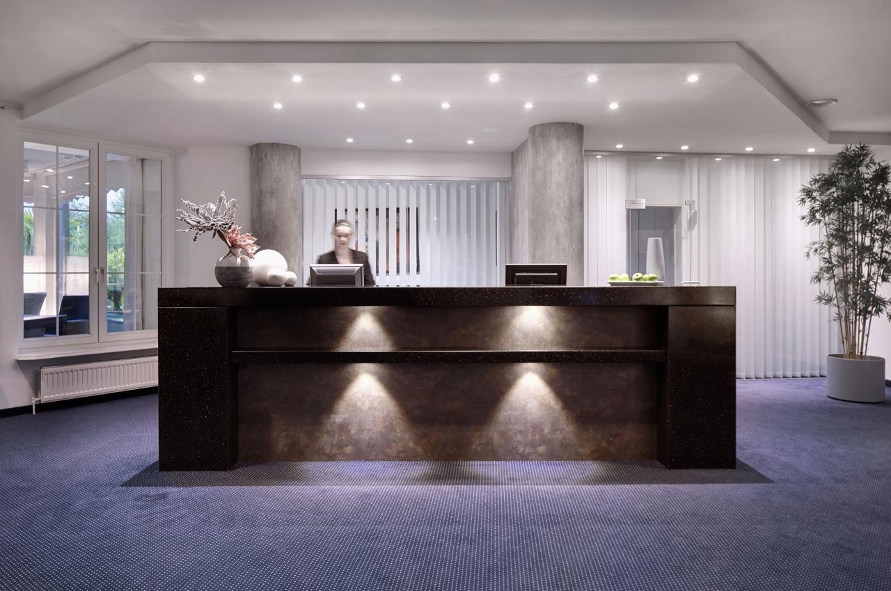 stellenangebote hotel berlin. Black Bedroom Furniture Sets. Home Design Ideas